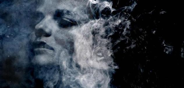 donna fumo.jpg